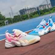 Adidas Trae Young 1 开箱分享:前卫造型、掀起新世代浪潮!
